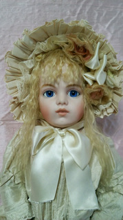 bisque doll1.jpg